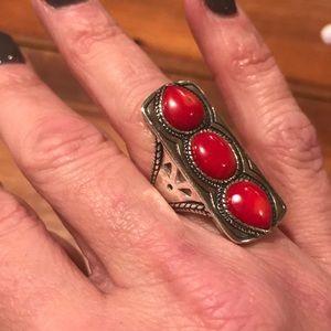 Silpada Deaigns ring